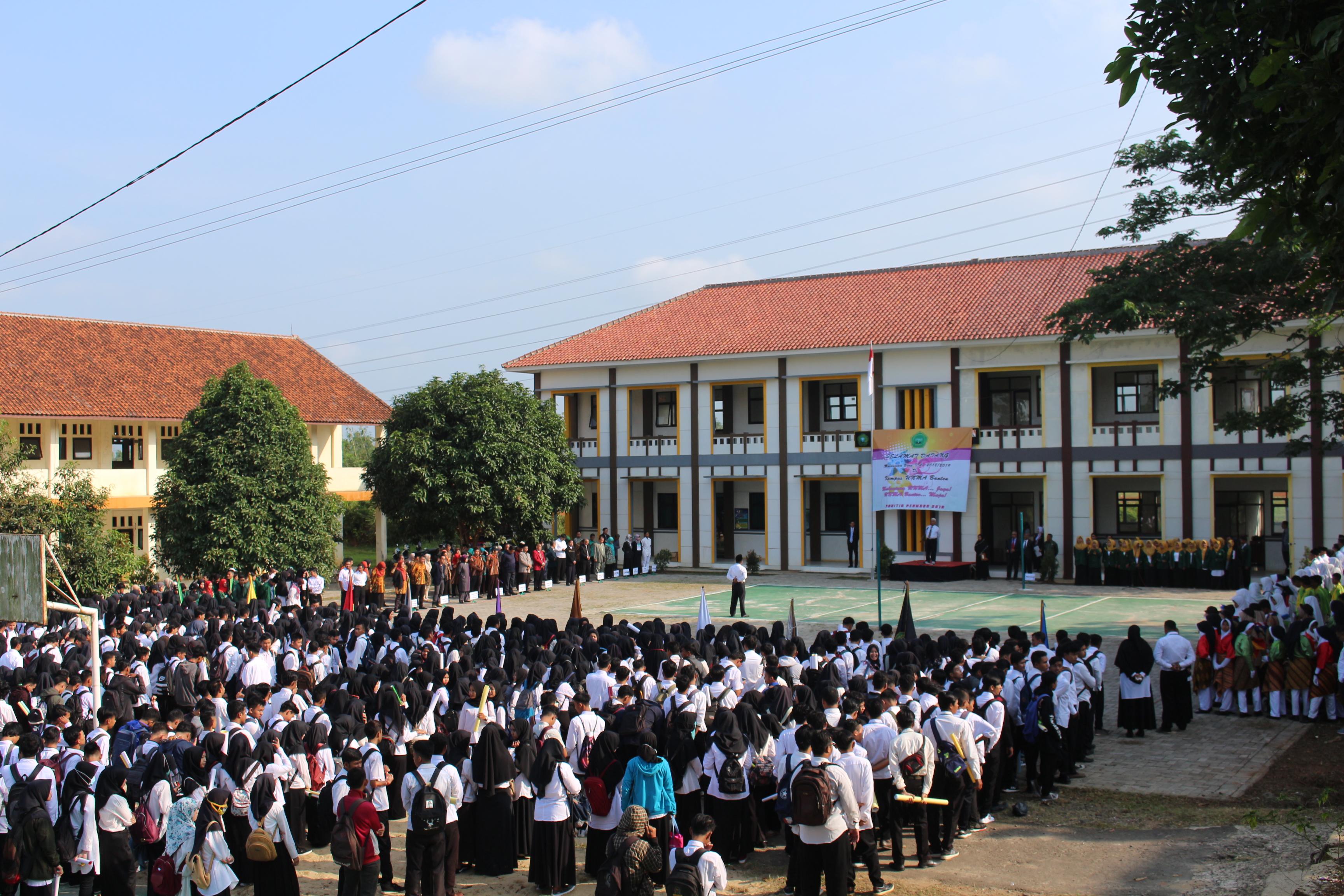 Upacara Penerimaan Mahasiswa Baru UNMA 2018