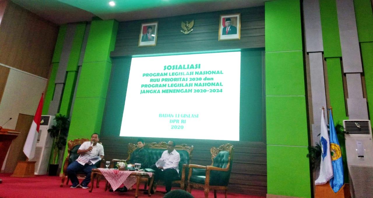 UNMA Banten Ikut Menghadiri Sosialisasi Program Legislasi Nasional RUU Prioritas 2020 dan Program Legislasi Nasional Jangka Menengah 2020.